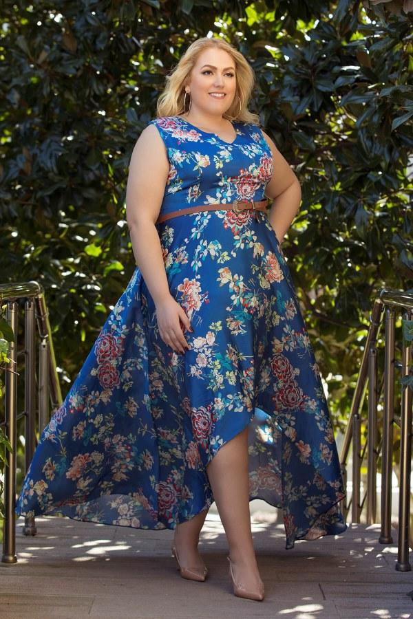 çicek desenli büyük beden elbise