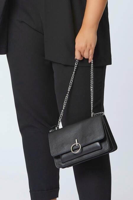 - Halka Detaylı Çanta (1)