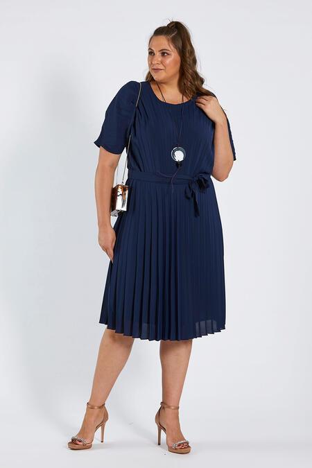 d576cb502b281 Büyük Beden Abiye Elbise Modelleri   Bayan   Buyukmoda.com